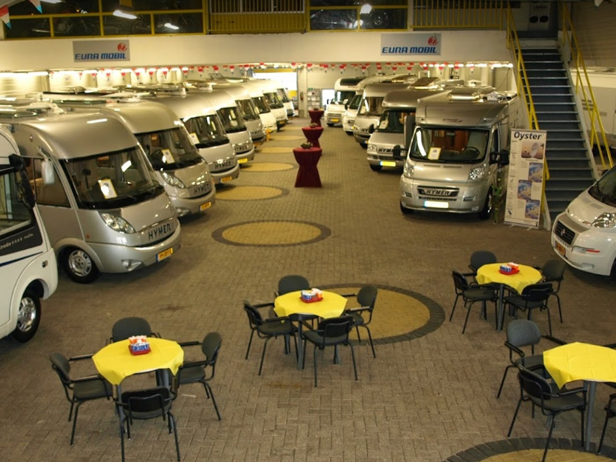 showroom3@tielencampers